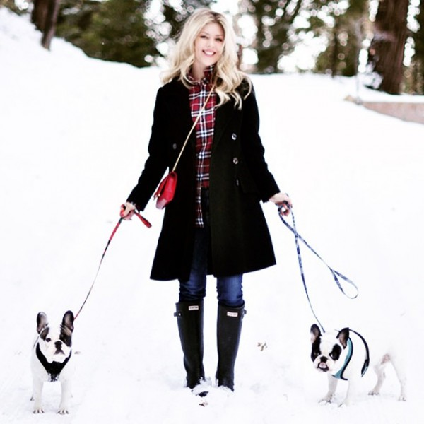 hunter-boots-french-bulldogs-plaid-ootd-in-the-snow