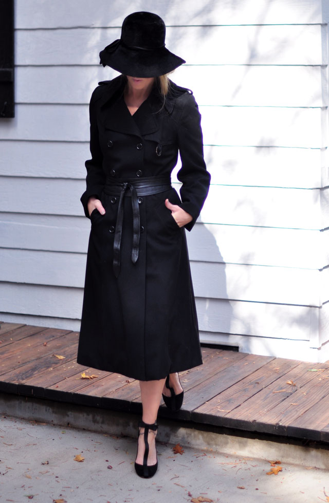 How To Dress Like Youu0026#39;re In A Funeral Scene From a Movie | ...love Maegan