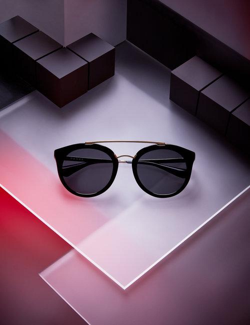 menswear_fashion_accessories_still_life_photography_editorial_neon_noir_dystopia_1