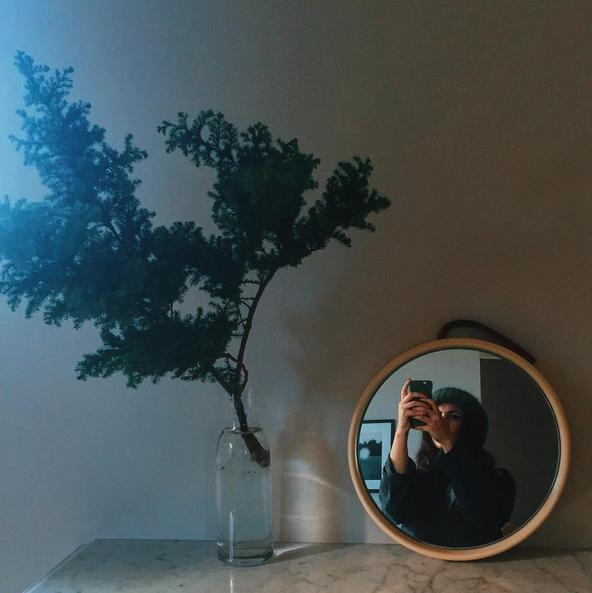 modern minimal wreath_blue velvet ribbon_7