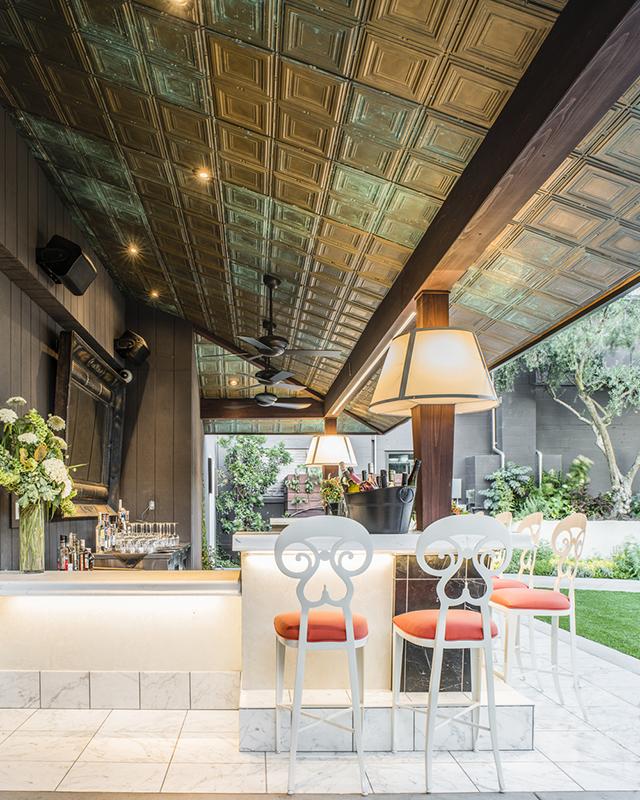 patio bar_FORMLA
