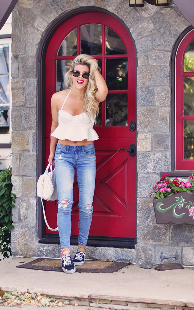 red door_summer style_jeans and peplum bustier top