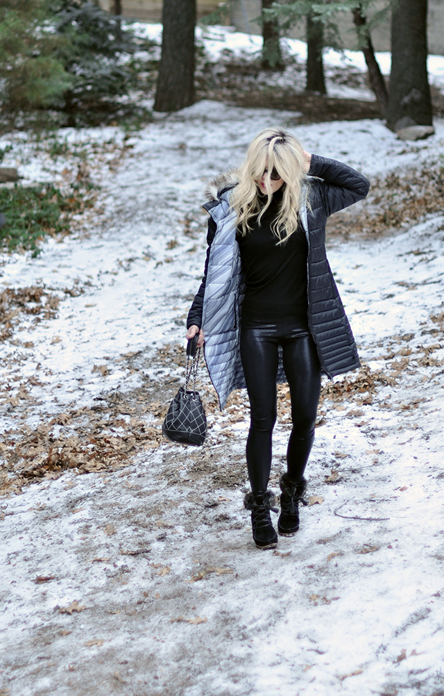 shiny-leggings_black-on-black_snow-style