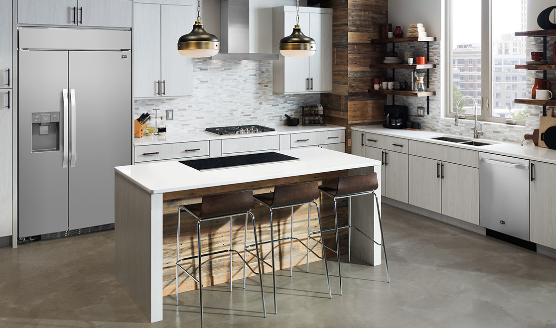Sleek signature kitchen suite luxury brand at dwell on for Luxury kitchen brands