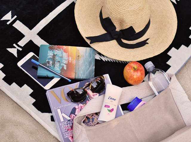 whats in your beach bag