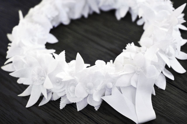 winter white floral wreath diy